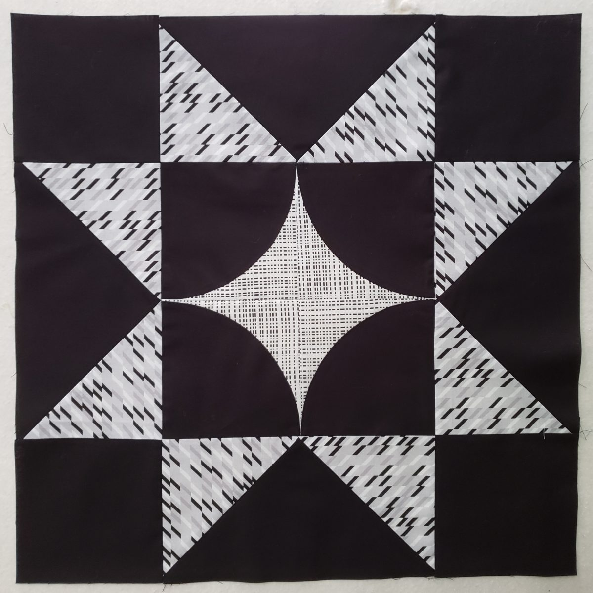 Seeing Stars Quilt Along- Curvy Star Blocks